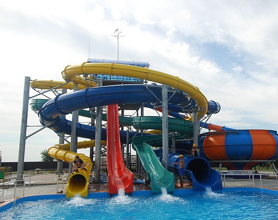 В Республике Алтай введен в эксплуатацию аквапарк стоимостью 300 млн рублей