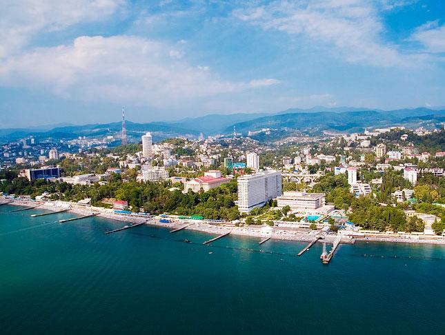 Власти Сочи рассчитывают, что в текущем году город-курорт примет на полмиллиона больше туристов, чем в 2014 году