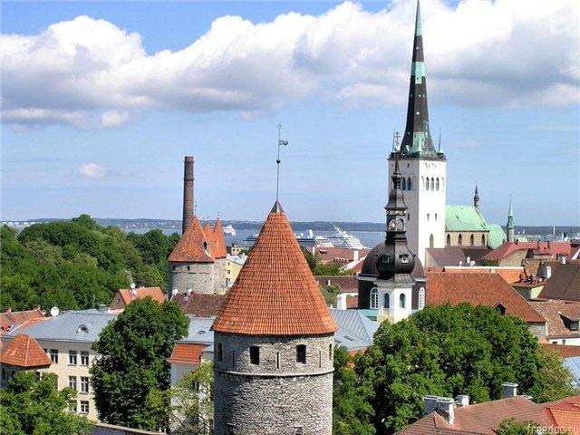 Число российских туристов в Эстонии сократилось в марте на 43%