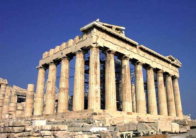 Власти Греции решили оставить без изменений систему налогообложения туристического бизнеса страны