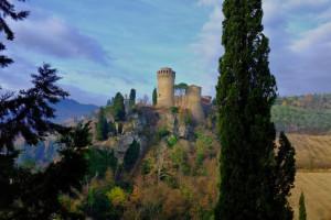 В городе Бризигелла на севере Италии, в замке Рокка Манфредиана , пройдет необычный костюмированный праздник
