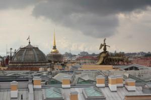 Самой значимой достопримечательностью Санкт-Петербурга, по мнению путешественников, стали городские крыши