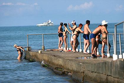 Российские путешественники летом 2015-го потратили на зарубежный отдых до 20 процентов меньше