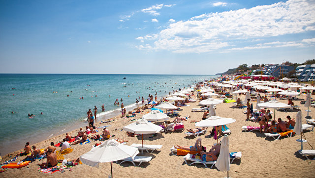 Количество российских туристов, отдохнувших на курортах Болгарии в июне-июле 2016 года, увеличилось на 25%