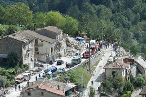 Российские туристы, находящиеся в настоящее время в Италии, не стали прерывать отдых из-за сильного землетрясения