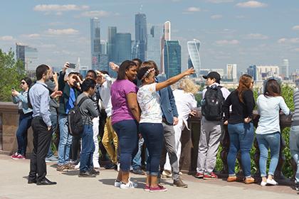 Москва и Петербург попали в топ-100 популярных туристических городов мира