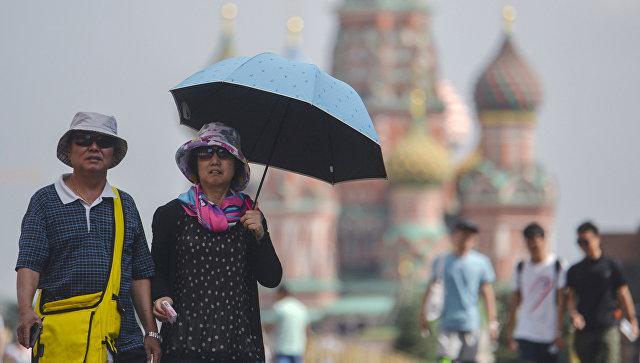 Москва надеется в 2016 году заработать на китайских туристах более $1 млрд