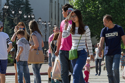Новая группа китайских туристов приехала в Крым