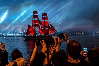 Праздник выпускников в Петербурге признали лучшим городским событием Европы
