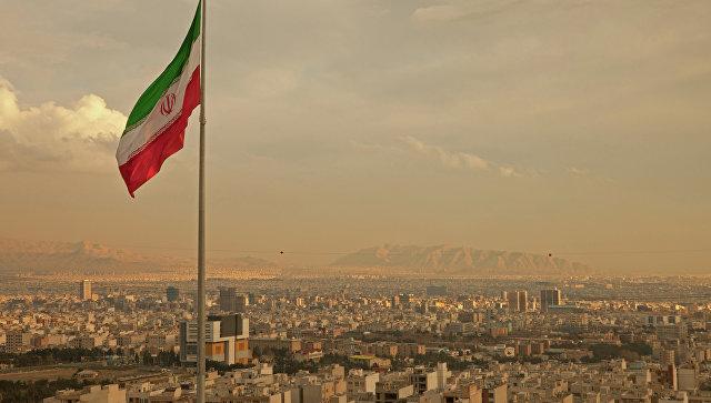 Стали известны сроки рассмотрения договора РФ и Ирана о безвизовых поездках