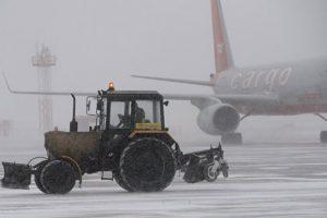 В столичных аэропортах из-за непогоды отменили почти 50 рейсов