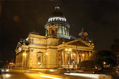 Милонов призвал сохранить доступ в Исаакиевский собор для туристов