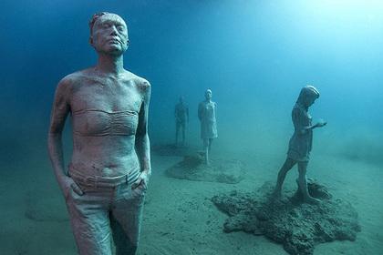 Открылся первый в Европе подводный музей с сотнями скульптур
