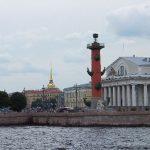 Каждый третий билет на поезд в майские праздники - из Москвы в Санкт-Петербург!