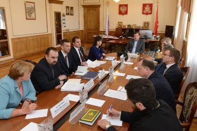 Губернатор Алексей Островский провел совещание по вопросам развития внутреннего и въездного туризма