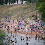 Половина россиян проведет летний отпуск дома