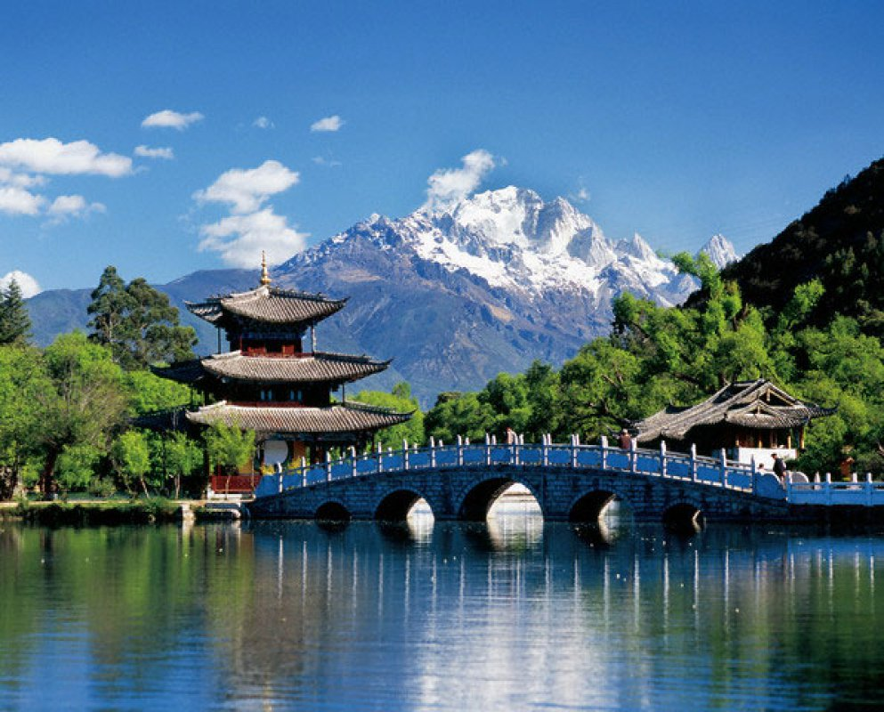 Россия и Япония разработают программу продвижения года туризма обеих стран