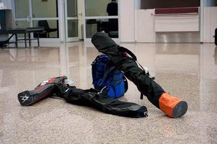 Авиакомпании перевозят горнолыжное снаряжение бесплатно