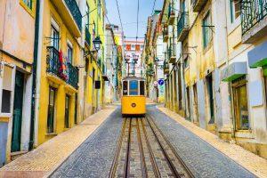 Получить годовую мультивизу в Португалию стало проще