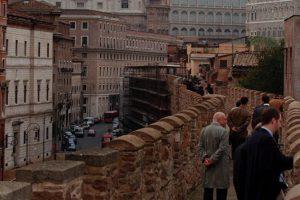 В районе Ватикана обвалилась средневековая стена