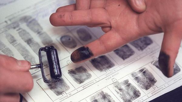 МВД планирует проводить дактилоскопию для иностранцев в пунктах пропуска через границу РФ