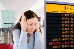 Опрос: более 40% пассажиров не знают, что делать при опоздании на самолет