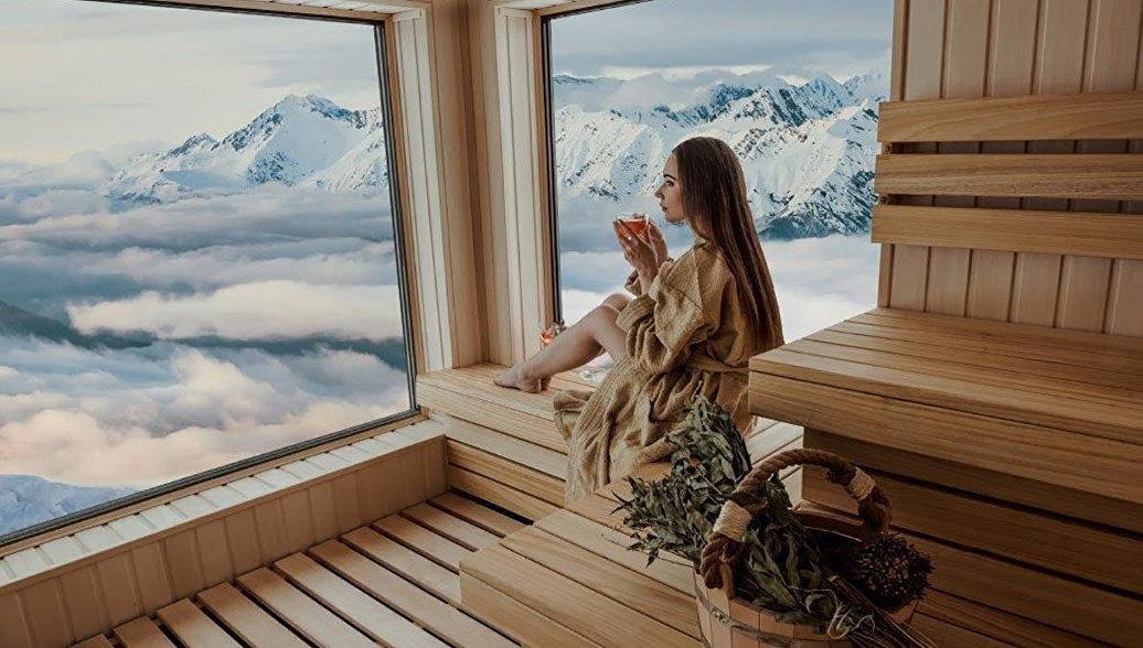 В Сочи зацвел жасмин и выпал снег. Чем удивит курорт туристов в выходные