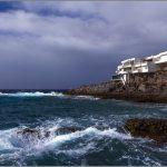 В Испании шторм затопил большинство популярных курортов