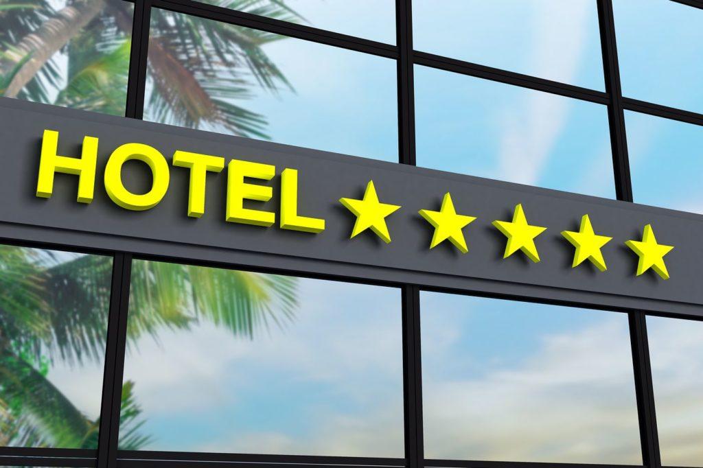 Где дешевле всего пожить в пятизвездочных отелях