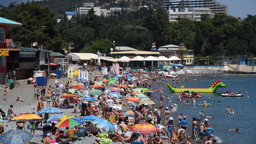 Рекордное число туристов отдохнуло в Крыму в 2018 году