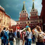 Путин призвал упростить визовые формальности для туристов