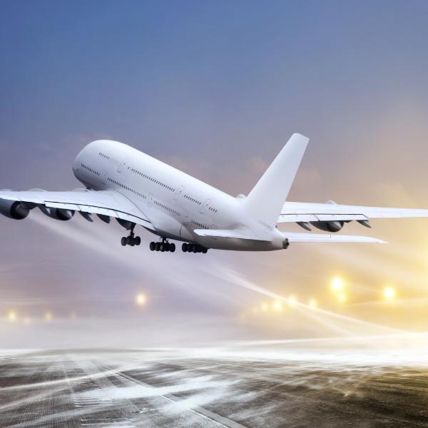 Новые правила посадки в самолет вступили в силу в аэропортах РФ