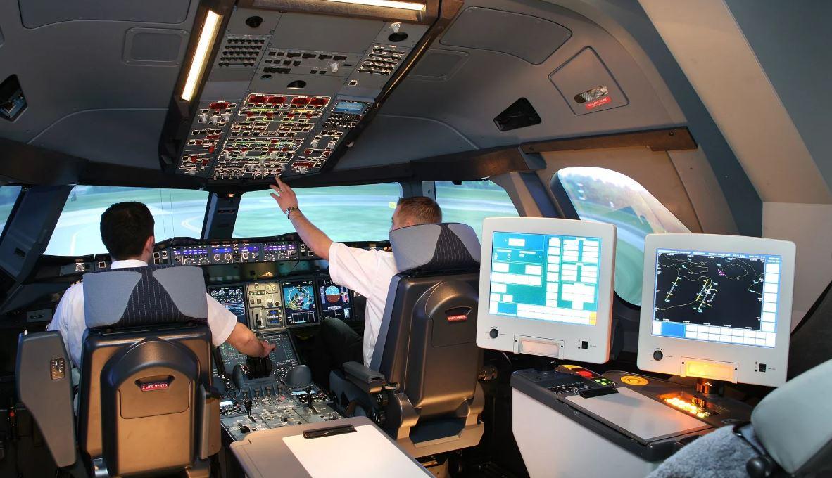 Обновление электроники B-737max сначала проверят на имитаторе