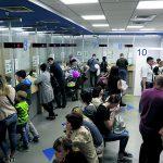 В визовых центрах Москвы коллапс. Туристы рискуют не успеть в Европу даже в мае