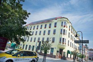 В Чехии КС разрешил отелю не вселять российских туристов без письменного признания Крыма частью Украины