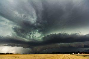 В Индии из-за тропического шторма «Вайю» объявлена эвакуация