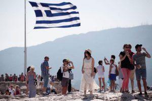 Греция: российские туристы вошли в шестерку самых массовых
