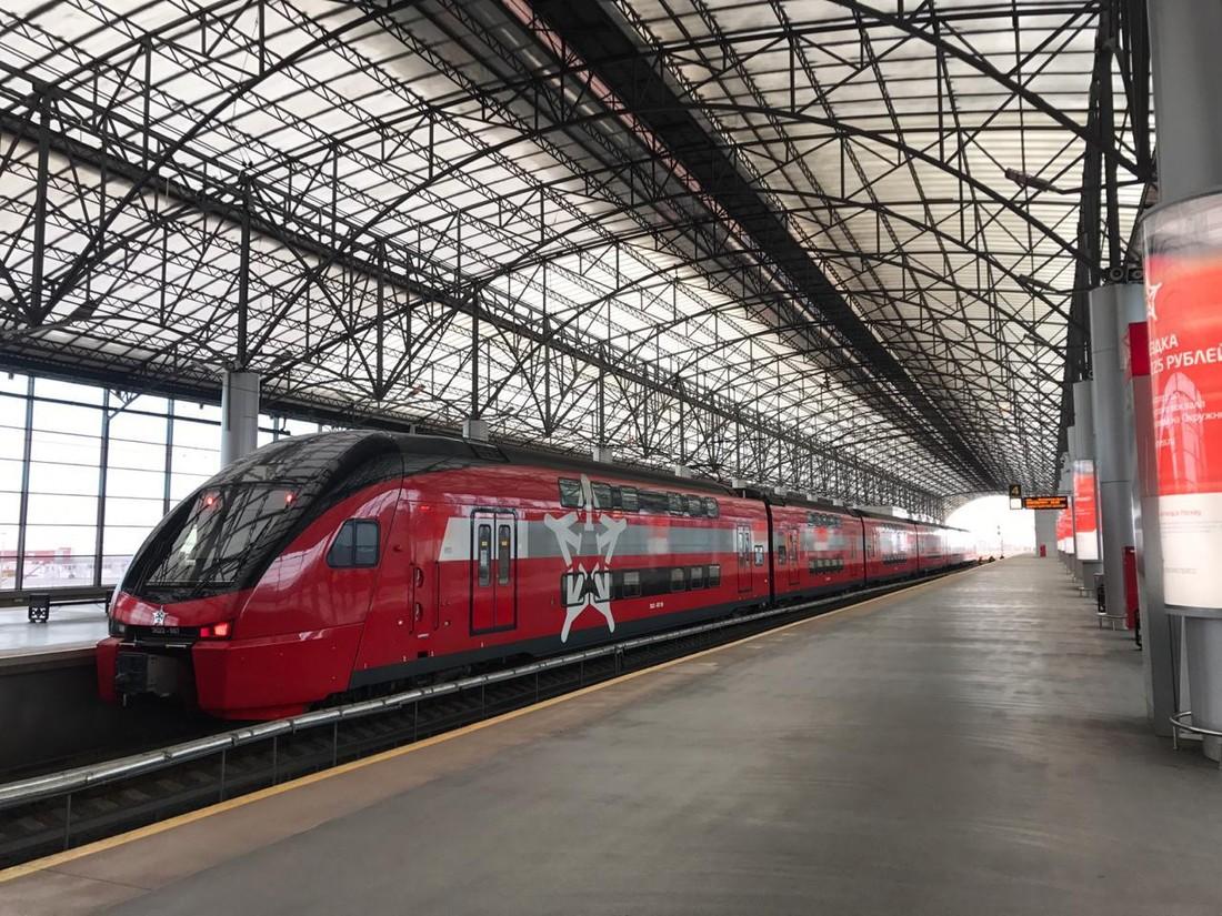 Аэроэкспресс продолжает запускать двухэтажные швейцарские поезда в Шереметьево
