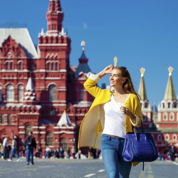 Названы регионы РФ, принимающие больше всего туристов