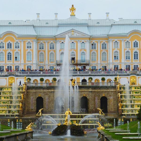«Петергоф» снова стал самым посещаемым музеем России