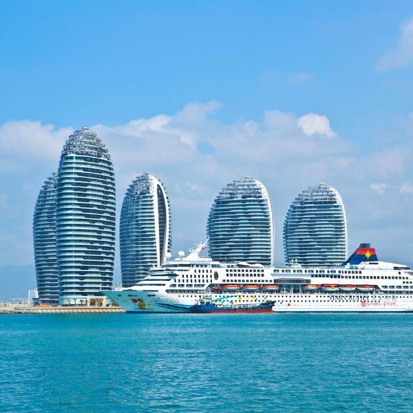 Россияне стали чаще ездить на китайский остров Хайнань