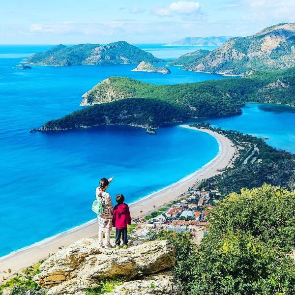 В Турции выяснили, зачем к ним едут туристы из России