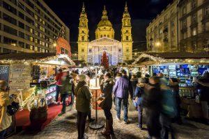 Куда европейцы едут на Рождество и сколько тратят на такие поездки