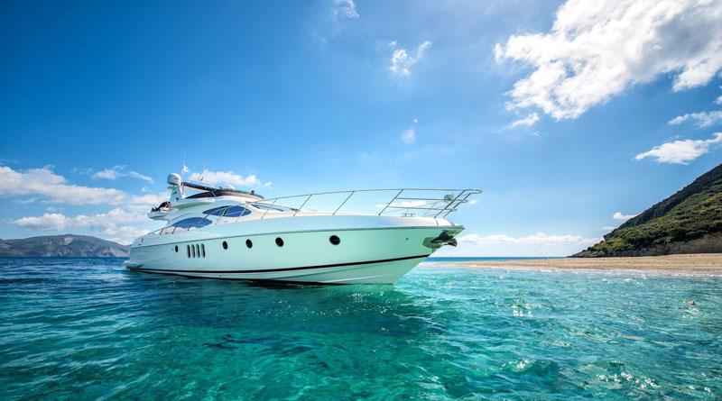 Подбор интересных яхтенных чартерных рейсов вместе с компанией Jetset yachts