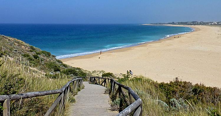Испанские курорты вопреки мрачным прогнозам готовы открыться 15 июня