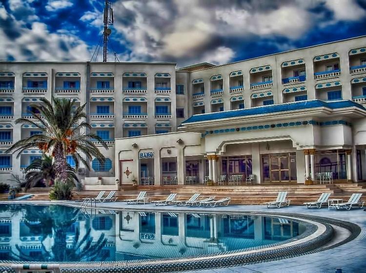 Тунис справился с коронавирусом и скоро будет готов принять первых туристов