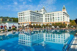 Греция подтвердил планы принимать иностранных туристов с 1 июляны принимать иностранных туристов с 1 июля