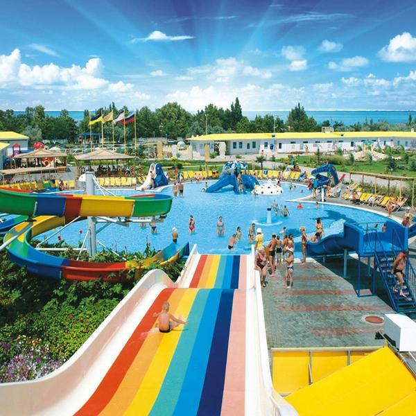 В Крыму возобновят работу детские лагеря, кинотеатры, аквапарки и сауны
