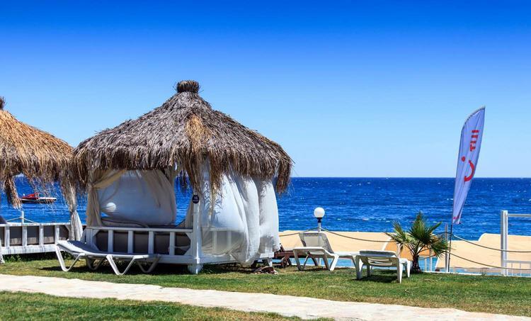 Дешевый отдых на курортах Абхазии вновь откладывается