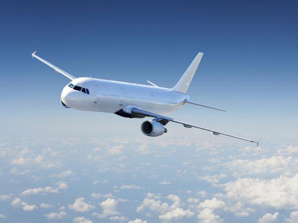 Казахстан объявил о возобновлении авиасообщения с Россией